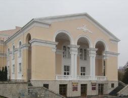 teatr_vo_vladikavkaze.jpg__1565007217__11055__vid381295e