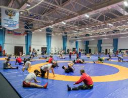 rossiyskaya_sbornaya_po_volnoy_borbe_gotovitsya_k_chempionatu_mira_v_parizhe_na_baze_yug_sport