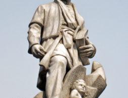 Ferdowsis-Tomb-8