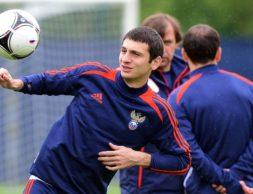 Russia's midfielder Alan Dzagoev takes part in a training session at the Victoria stadium in Sulejowek on June 13, 2012 at the Euro 2012 football championships. AFP PHOTO / NATALIA KOLESNIKOVANATALIA KOLESNIKOVA/AFP/GettyImages